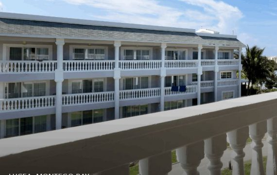 Grand Palladium Lady Hamilton Resort | Jamaica