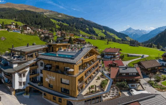 Look before you Book | Hotel Alpin Spa Tuxerhof | Austria