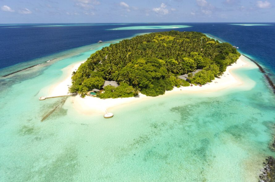 Best place to travel | Royal Island Resort & Spa | Maldives